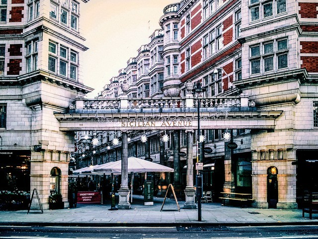 Travel tips for the UK - Sicilian Avenue London, England