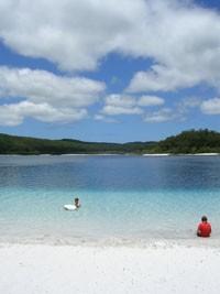 house-sitting Australia offers treats like white sand beaches on Fraser Island