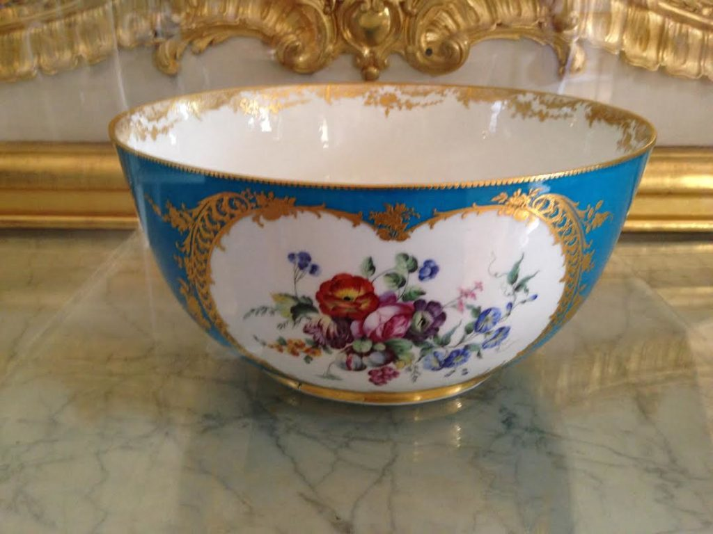 First Punch bowl made in France, by Svres