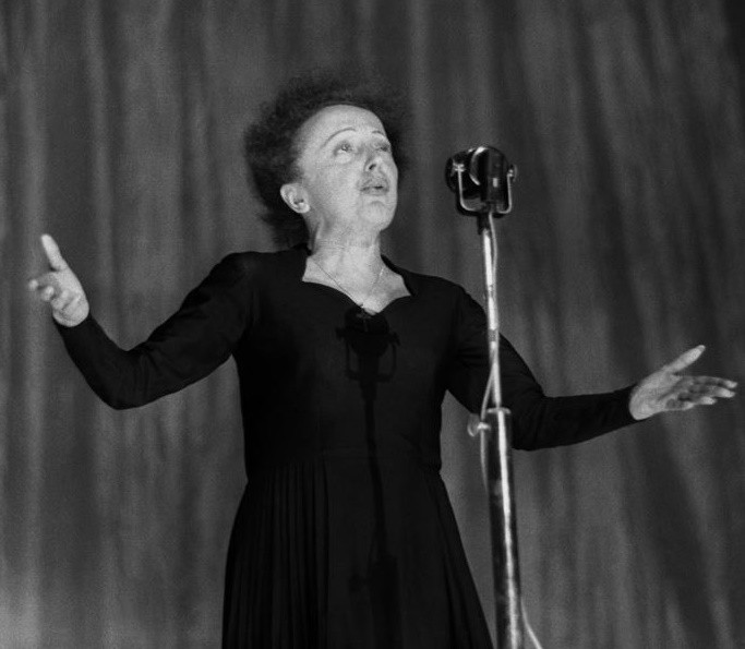 Edith Piaf Singing at the Olympia