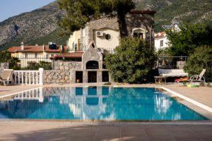 housesitting in this beautiful villa