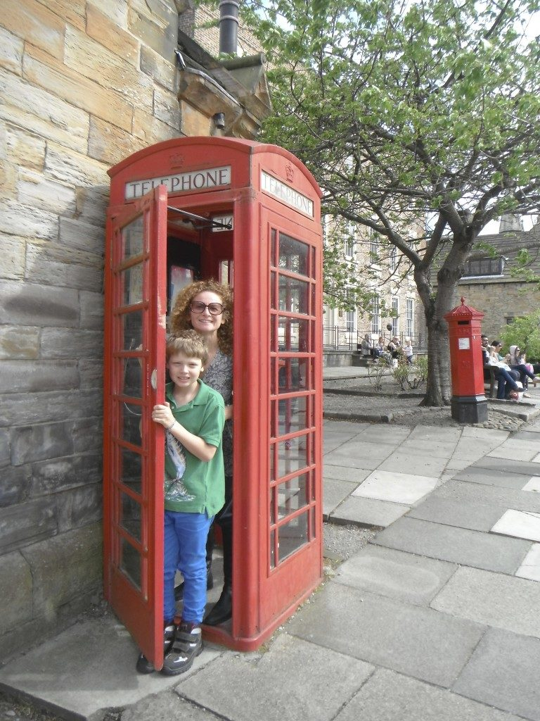 Ruth and Louis in a UK phone box