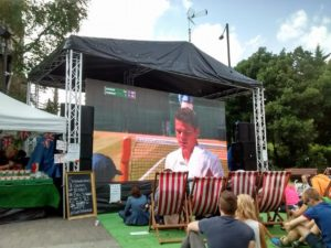 Wimbledon final screening, one way to meet new people when travelling solo