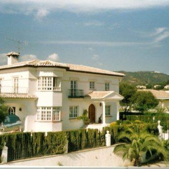 Marbella housesitting villa