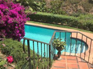 repair a pool deck